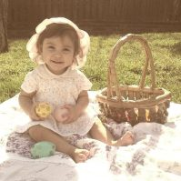 Scarlett easter egg photo